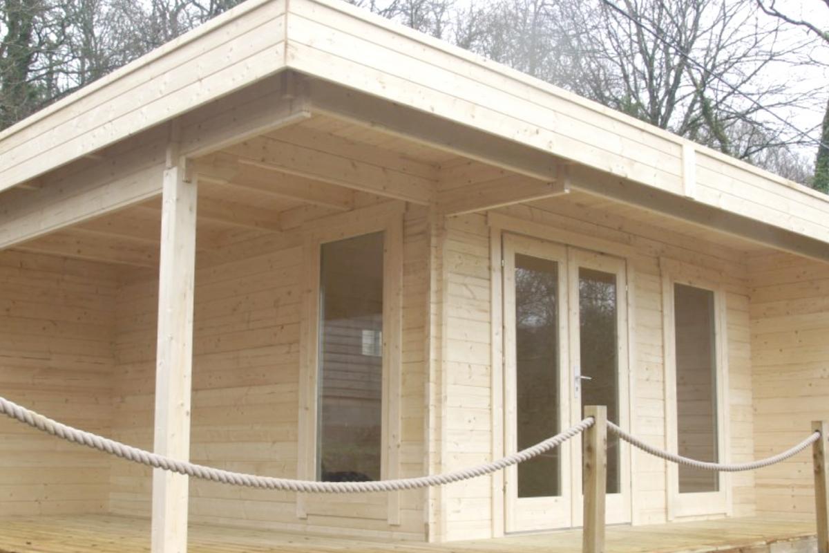 Ufficio In Legno Da Giardino : Ufficio in giardino con la linea royal koala: casette in legno di
